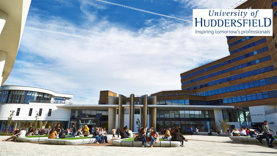 Khuôn viên rộng rãi của trường đại học Huddersfields
