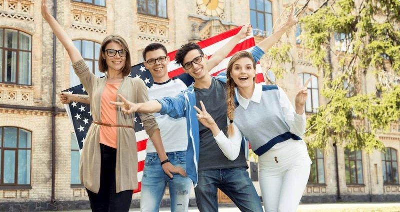 Học bổng 500 - 700 triệu đồng/năm dành cho du học sinh Việt Nam khi du học Mỹ