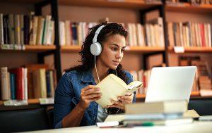 Có nên đăng ký học trực tuyến tại Việt Nam trước khi sang Mỹ?