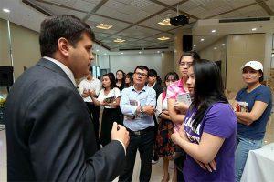 Đại sứ quán mỹ ưu tiên phỏng vấn thị thực du học