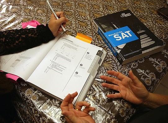 bỏ bài thi SAT ảnh hưởng gì tới sinh viên Việt Nam
