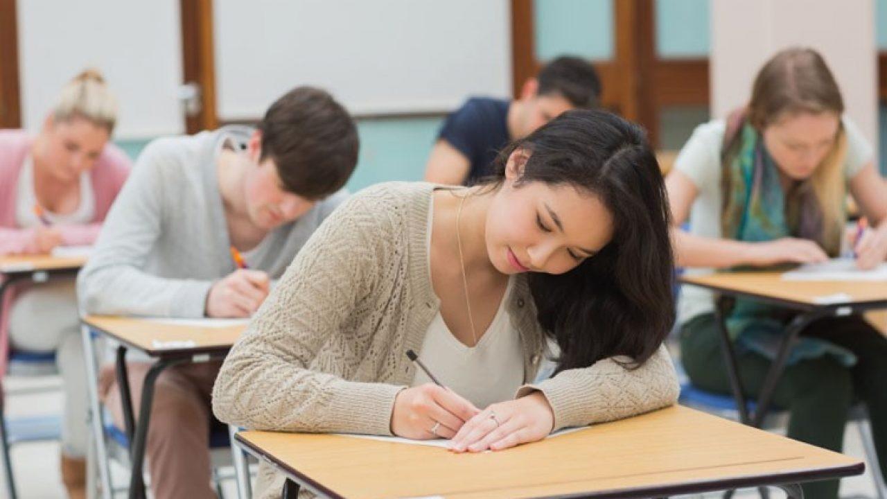 Việc miễn bài thi SAT ảnh hưởng gì tới các sinh viên Việt Nam