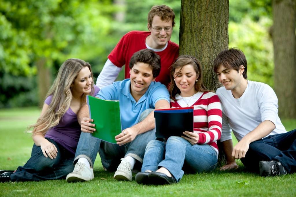Tham gia các hoạt động ngoại khóa giúp các bạn học sinh có bộ hồ sơ nổi bật hơn