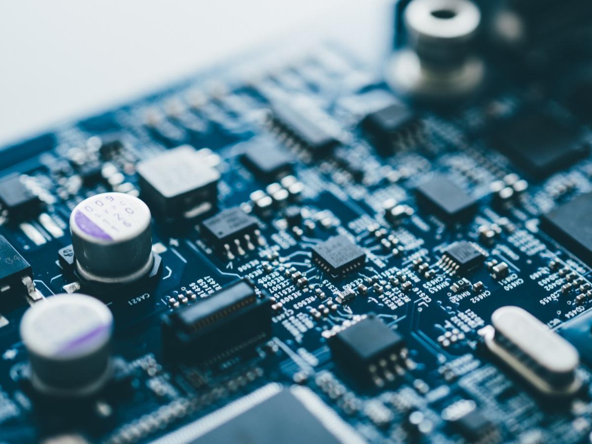 Công nghệ - điện tử là ngành học cực hot tại Mỹ