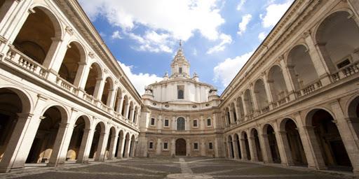Sapienza University of Rome - ngôi trường có bề dày thành tích về Vật lý và Thiên văn học hàng đầu thế giới.